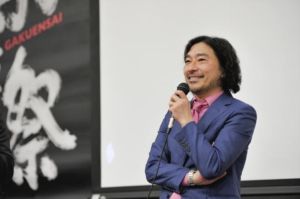 多彩なエピソードで学生の興味をひきつけたトータス松本。教室に笑いが響くシーンも