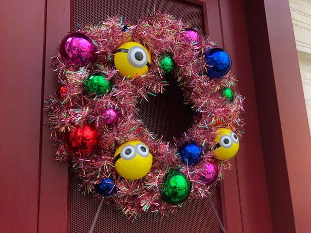 ちょっとしたクリスマスリースもかわいい