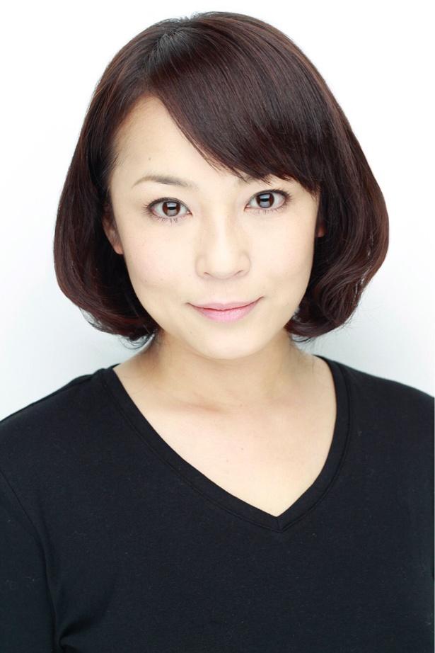"""""""1人4役""""を演じる連ドラ初主演の佐藤仁美"""