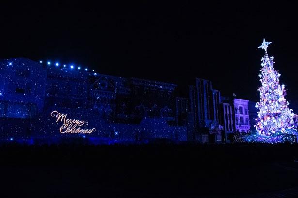 今年も電飾数世界最多のギネス記録を更新した「ユニバーサル・イリュージョン・ツリー」