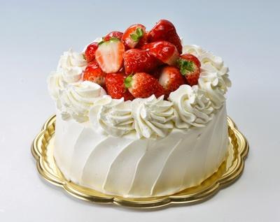 イチゴがたっぷりのったケーキ