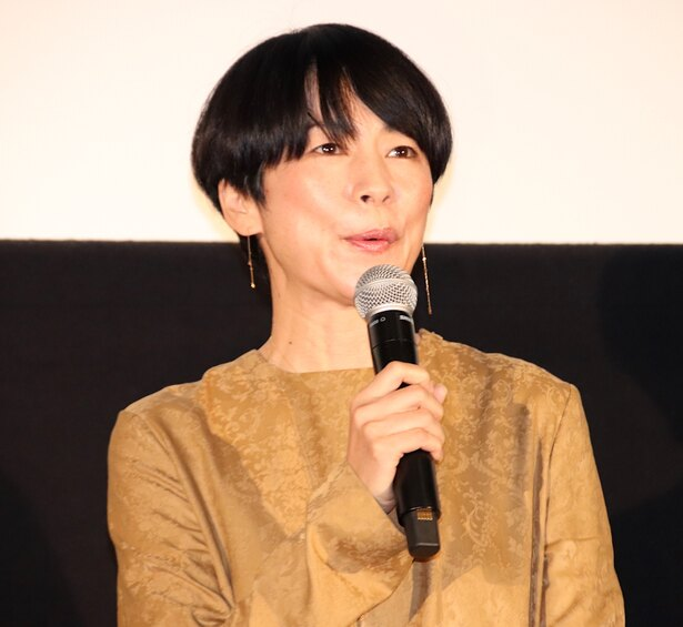 舞台挨拶に登壇した西田尚美