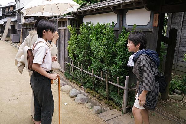 第2回より。同じ日に七代目八雲に弟子入りした菊比古と助六