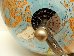 地球の地軸の角度が変わったらどうなる? 眠れないほど面白い地球の雑学(30)【連載】