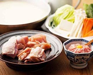 その日の朝に引いた九州産の鶏肉を使う。新鮮そのもの