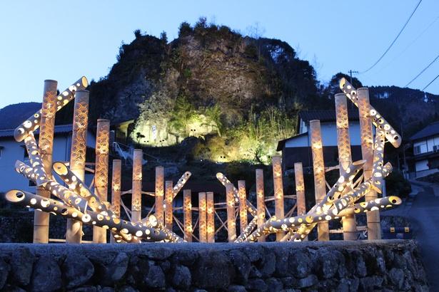 竹の棚田ライトアップ 秋あかり2018 / 幻想的な光に包まれる棚田と竹あかりの夜