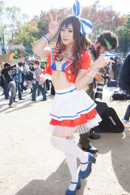 「アイドルマスター シンデレラガールズ」の島村卯月に扮したねねお・ルイさん