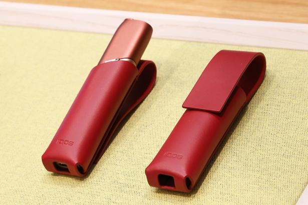 オールインワン型ながらシリーズ最軽量の50gを実現したIQOS 3 MULTI。スティック形状で持ち運びも便利