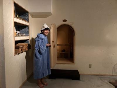 【写真を見る】小さな扉の奥に潜む、世の女性を虜にする天国とはいかに…!