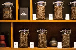 """【福岡のカフェ】日本一の焙煎士が蓄積した""""最高""""を味わう「COFFEEMAN  Roasting & Planning Café」"""