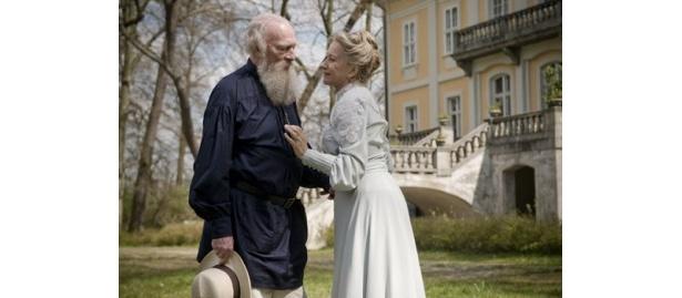 ロシアの文豪トルストイとその妻ソフィヤの愛の物語