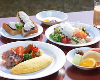 名古屋城を眼前に優雅なひと時「ホテルナゴヤキャッスル」のできたて朝食ブッフェ