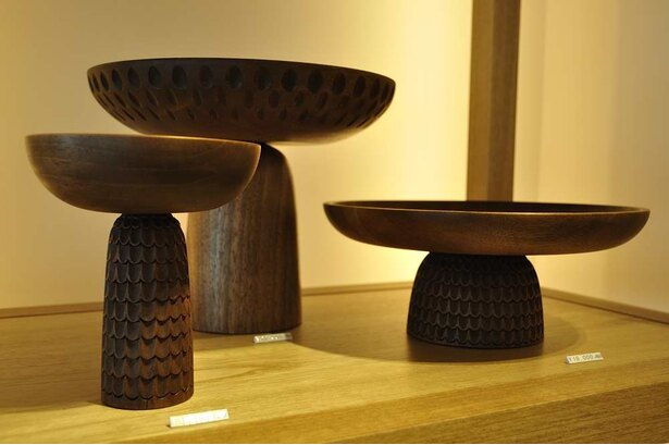 ボスニア・ヘルツェゴビナからやってきた木工品。ほんの20年前まで戦地だった国にも美しい工芸が受け継がれている