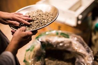 【福岡のカフェ】さらなる高みを目指す自家焙煎のパイオニア「ROASTER'S COFFEE 焙煎屋 平尾店」