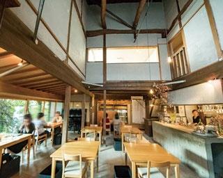 【福岡のカフェ】ミュージシャンが奏でる繊細な音色を間近で感じる贅沢空間「papparayray」