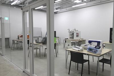 新校舎地下1階の制作スペース