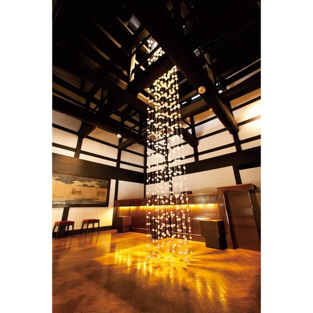 「ロビーがある伝統建築棟は、国登録有形文化財に定められているんです」(嶋村)/星野リゾート 界 加賀