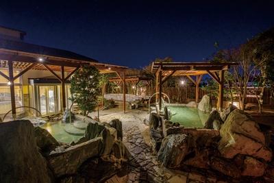 大牟田天然温泉 最高の湯 / 露天風呂をはじめ種類豊富な温泉で体の芯まで癒す