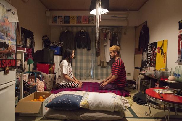 『などわ』の監督はパンクロックバンドのフロントマンの日常を追ったドキュメンタリー映画『あっちゃん』で注目を集めたナリオ