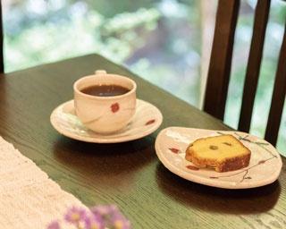 【福岡のカフェ】時を忘れてもコーヒーのおいしさは変わらず「自家焙煎珈琲 萌香」