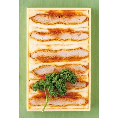 食欲をそそる、おいしそうな断面…!「すゞ家」の「特製カツサンド」(6切れ入り1840円)
