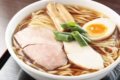 「丸鶏醤油らぁ麺」(850円)/らぁ麺 幸跳(愛知県豊橋市)