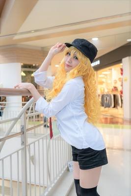 「アイドルマスター」の星井美希に扮したあいるくん。さん