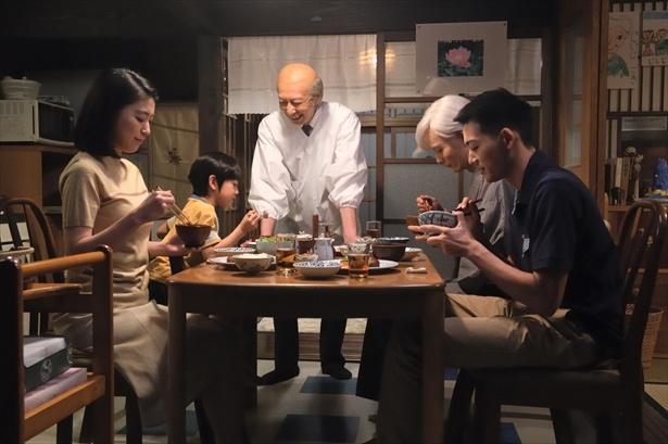 「昭和元禄落語心中」第9話より (C)NHK