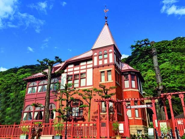 ドイツ人の建築家、ゲオルグ・デ・ラランデによって建てられたゴシック風建築