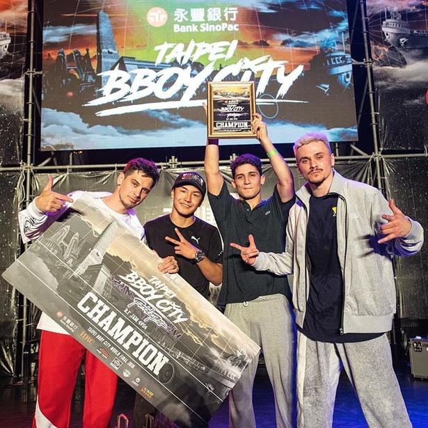 「Taipei Bboy City World Final 2018」4vs4で優勝したShigekixとメンバー