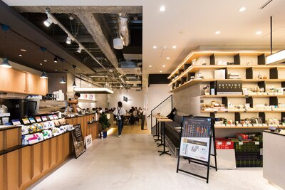 REC COFFEE meets RETHINK CAFE(福岡市中央区天神)