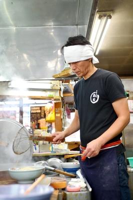 先代の味を守る2代目店主・齋藤 直さん