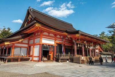 重要文化財の八坂神社の本殿/八坂神社