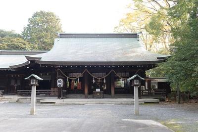 名水の神社で盗難よけ。境内には重要文化財の茶室などがある/水無瀬神宮