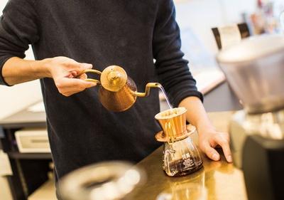 COFFEE COUNTY Fukuoka / ドリップはカリタウェーブで