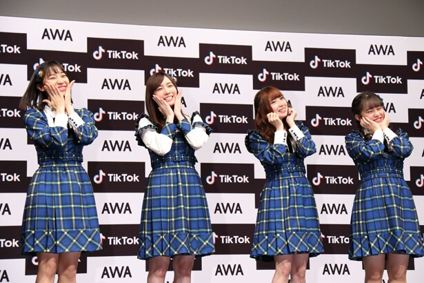 「SKE48 TikTokerデビューお披露目会」に登壇した日高優月、松井珠理奈、高柳明音、竹内彩姫(左から)