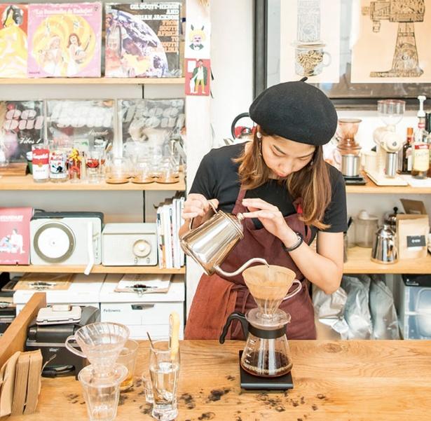 STEREO COFFEE / 抽出器具はハリオのV60