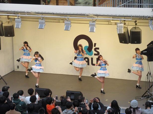 12月1日、大阪でニューシングルのリリースイベントが行われた