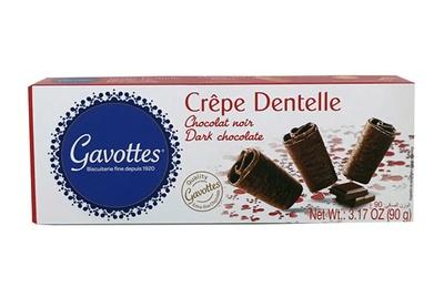 パリパリのクレープ生地をダークチョコレートでコーティング。フランス輸入菓子の「ガヴォット クリスピークレープ ダーク」/成城石井直輸入 世界のお菓子セット