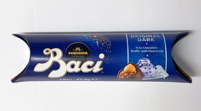 ヘーゼルナッツが丸ごと一粒入ったイタリアのチョコレート「バッチ オリジナル 3P」/成城石井直輸入 世界のお菓子セット
