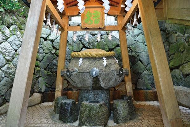御神体の山は生活全般の守護神!奈良県・大神神社で新年を祝う ...