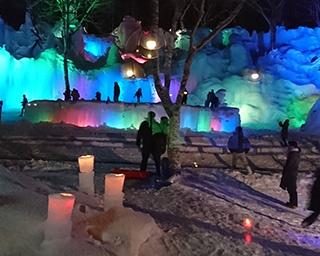 氷柱群をライトアップ!岐阜県高山市で「氷点下の森ライトアップ」開催