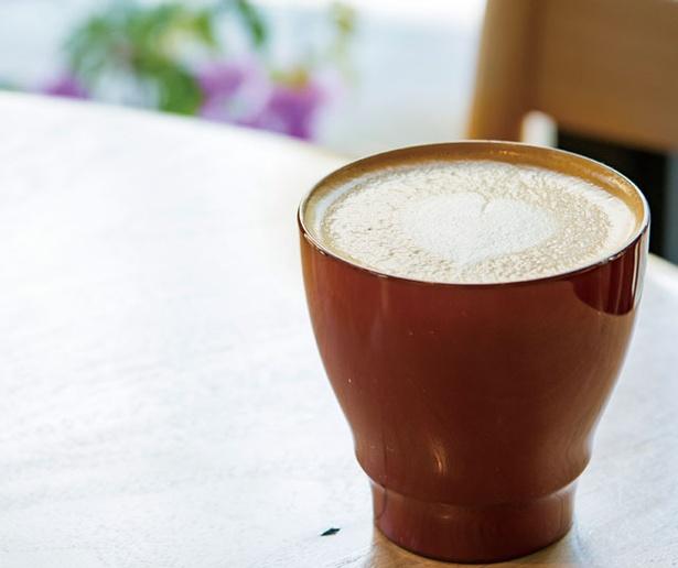 ハニー珈琲 高宮店 / 「村山牛乳」を使ったカフェラテ(500円)は安定のおいしさ