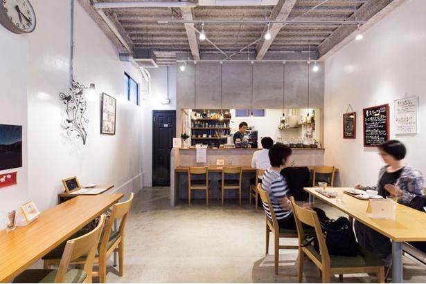 NEUTRAL COFFEE / 豆を購入できるほかカフェ利用もOK