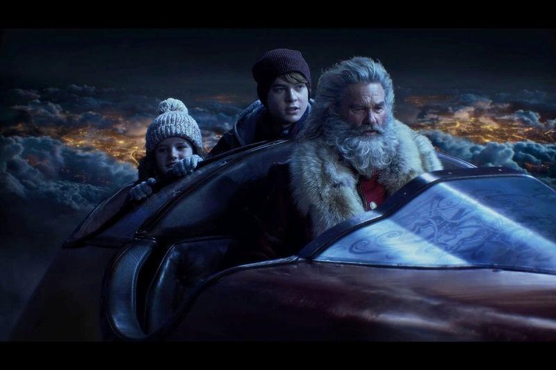 【写真を見る】カート・ラッセル演じるサンタクロースとソリに乗るシーンに大興奮