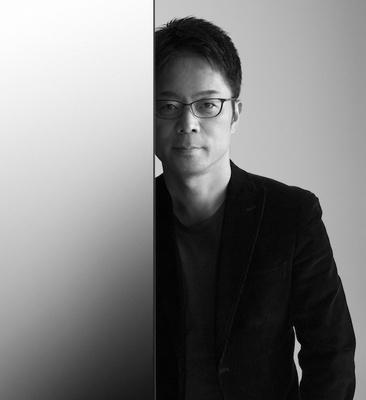 デザイナーの吉岡徳仁