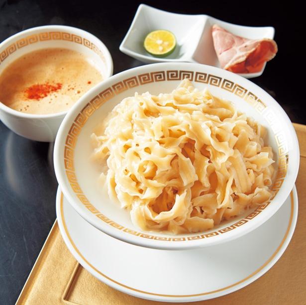 鯛つけ麺「ちゅるり」(900円)も味わいたい/鯛白湯らーめん ○de▽