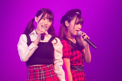 上西怜(左)・中川美音(右)