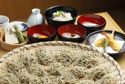 そばや天ぷらなどが食べ放題で2019円!まさに「お得感はんぱねぇ」