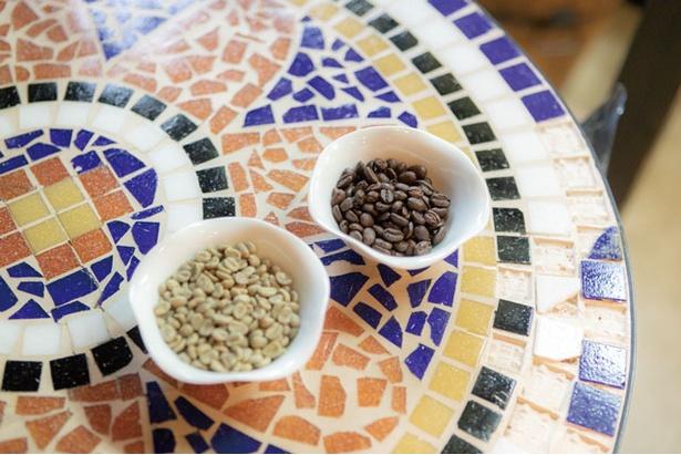 Tomomo Coffee / ブレンドを含め個人店としては多い、18種類の豆を用意する